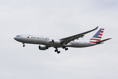 American Airlines Airbus A330 Print by David Pyatt