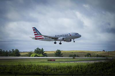 American Airlines Airbus 319 N9015d Art Print by Reid Callaway