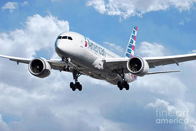 Boeing 787 Dreamliner Digital Art - American Airlines Boeing 787 Dreamliner by J Biggadike