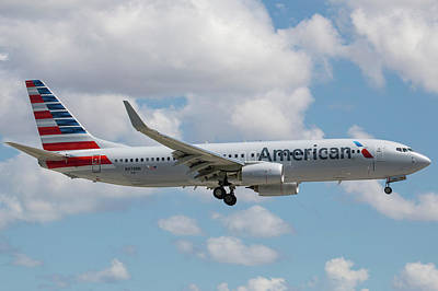 Photograph - American Airlines by Dart and Suze Humeston