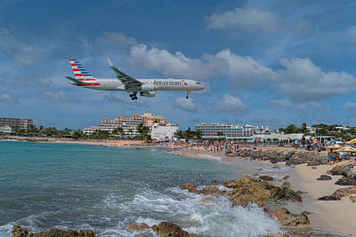 American Airlines Landing At St. Maarten Airport Art Print by David Gleeson