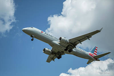 Photograph - American Airlines N958uk by Reid Callaway