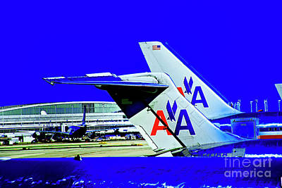 Photograph - American Airlines by Rick Bragan