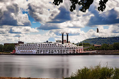 Photograph - American Queen In Winona by Al  Mueller