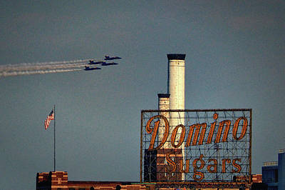 Photograph - Americana At Domino Sugars In South Baltimore by Bill Swartwout