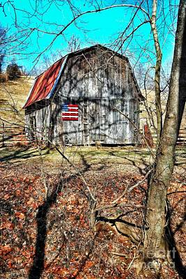 Wood Pallet Flag Photograph - Americana Barn by John Myers