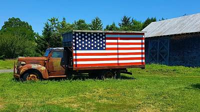 Photograph - Americana Truck  by Rob Hans