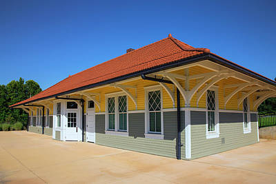 Wall Art - Photograph - Amherst Depot by Cliff Middlebrook
