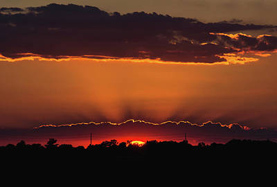 Silver Lining Photograph - Amherstburg Sunset by Cale Best
