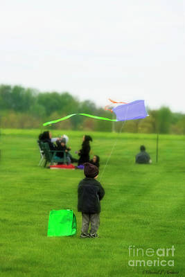 Photograph - Amish Boy With Kite by David Arment