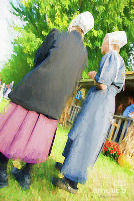 Photograph - Amish Ladies With Effects by David Arment