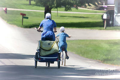 Amish Family Photograph - Amish Mother And Daughter by Sharon McConnell
