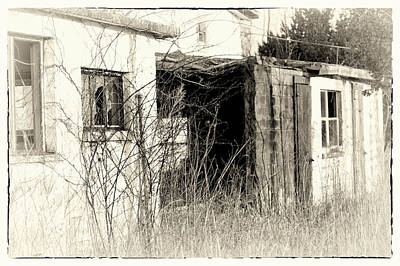 Photograph - Amish Ruins by Susan Maxwell Schmidt