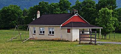 Photograph - Amish School In Rote, Pa by Stephanie Calhoun