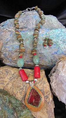 Jewelry - Ammolite In Gourd Wood #d178 by Barbara Prestridge