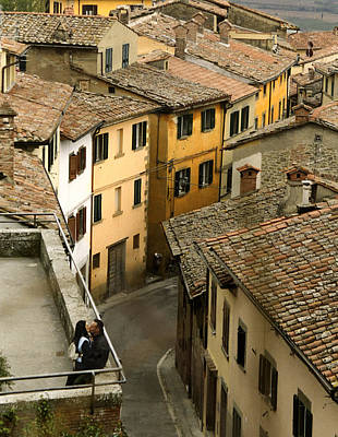 Amore In Cortona Art Print by Al Hurley