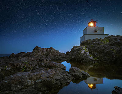 Photograph - Amphitrite Point Lighthouse by William Lee