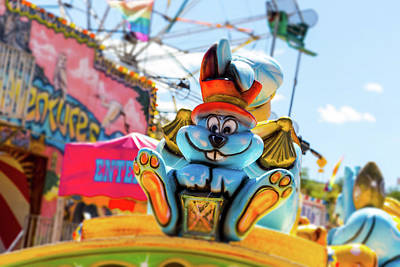 Photograph - Amusement Park Bunny With Top Hat by Steven Green