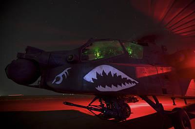 Cob Speicher Photograph - An Ah-64d Apache Longbow by Terry Moore