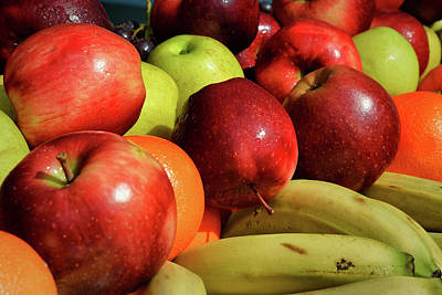 Photograph - An Apple A Day Keeps The Doctor Away by Bill Swartwout