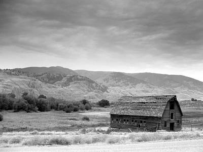 Art Print featuring the photograph An Old Barn by Mark Alan Perry