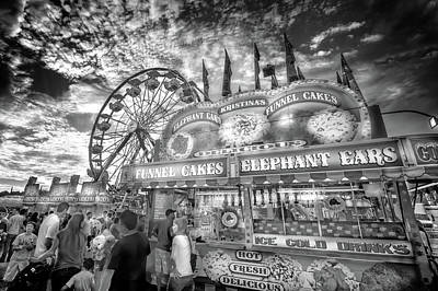 Photograph - An Old Fashioned Carnival by Mark Andrew Thomas