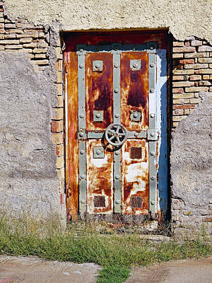 An Old Rusty Door In Katakolon Greece Art Print by Richard Rosenshein