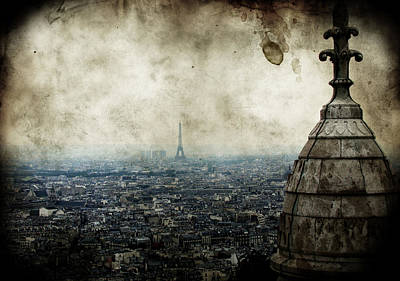 Paris Skyline Photograph - Anamnesis by Andrew Paranavitana