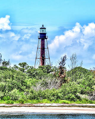 Photograph - Anclothe Key Florida Light 1 by Gordon Engebretson