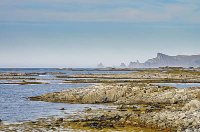 Target Threshold Nature - Andoyas rocky coast by Ulrich Kunst And Bettina Scheidulin