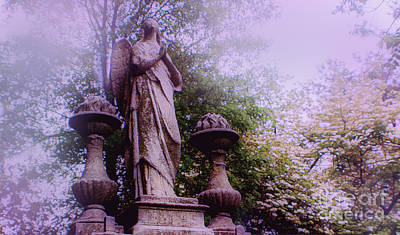 Photograph - Angel At Old Swedes by Sandy Moulder
