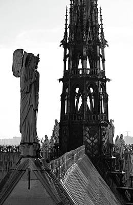 Photograph - Angel Atop Notre Dame De Paris Cathedral With Gothic Steeple Background Black And White by Shawn O'Brien