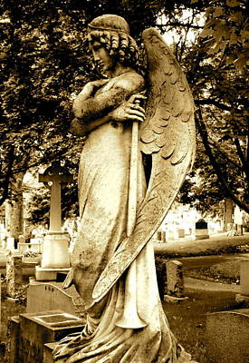 Photograph - Angel With A Trumpet. by Loretta Fasan