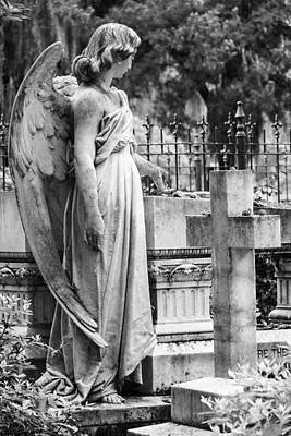 Angel With Cross Of Bonaventure Cemetery Art Print
