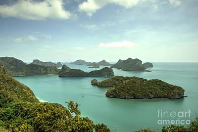Angthong Archipelago  Print by Rob Hawkins