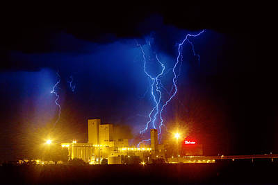 Lightning Bolt Photograph - Anheuser-busch On Strikes by James BO  Insogna