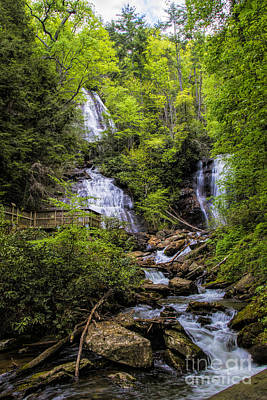 Photograph - Anna-ruby Falls by Barbara Bowen