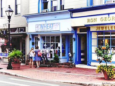 Photograph - Annapolis Md - Shopping On Main Street by Susan Savad