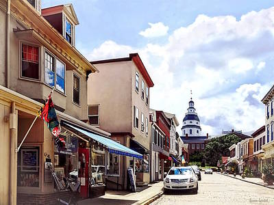 Photograph - Annapolis Md - Shops On Maryland Avenue And Maryland State House by Susan Savad