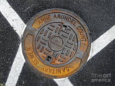Que Photograph - Anne Arundel County Sanitary Sewer Manhole Cover by Ben Schumin