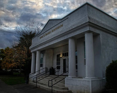 Anne G Basker Auditorium In Grants Pass Art Print by Mick Anderson