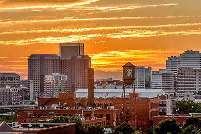 Richmond Va Photograph - Another Day Is Done by Tim Wilson