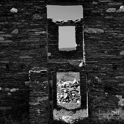 Photograph - Another Time, Another Place - Farmhouse 2 by Paul Davenport