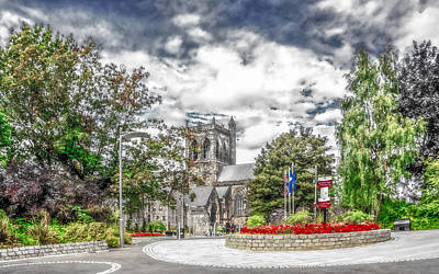 Aloha For Days - Another View of Paisley Abbey by Tylie Duff