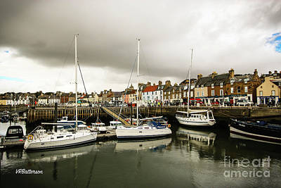 Anstruther Photograph - Anstruther Scotland by Veronica Batterson