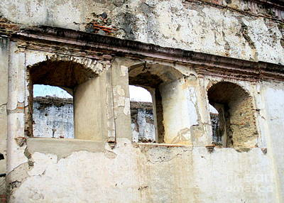 Photograph - Antigua Ruins 2 by Randall Weidner