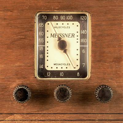 Technology Photograph - Antique Radio by Jim Hughes