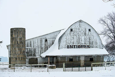 Photograph - Antique Barn by David Arment
