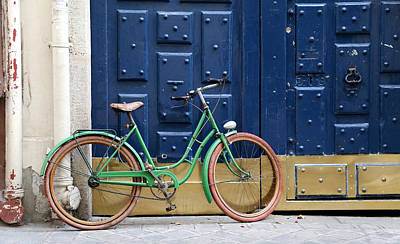 Photograph - Antique Bicycle 1 by Andrew Fare
