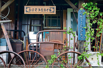 Photograph - Antique Collectibles 1 by Linda McRae